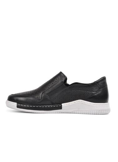 Voyager 8319 Siyah-Beyaz Hakiki Deri Kadın Günlük Ayakkabı Siyah